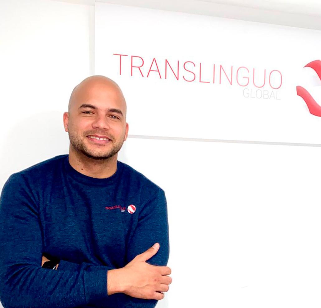 equipo translinguo Roberto F. Suárez